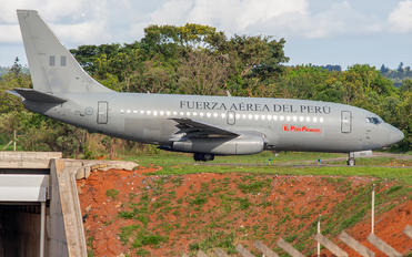 FAP352 - Peru - Air Force Boeing 737-200