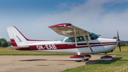 OK-EAB - Private Cessna 172 Skyhawk (all models except RG)