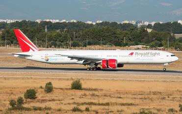 VP-BGK - Royal Flight Boeing 777-31H(ER)