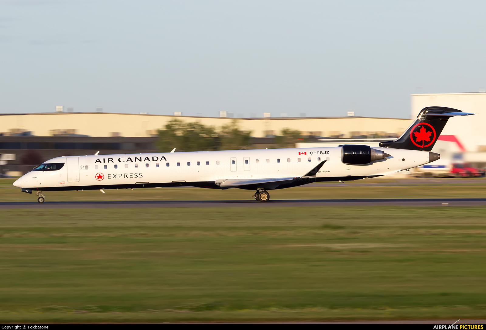 Air Canada Express C-FBJZ aircraft at Calgary Intl, AB