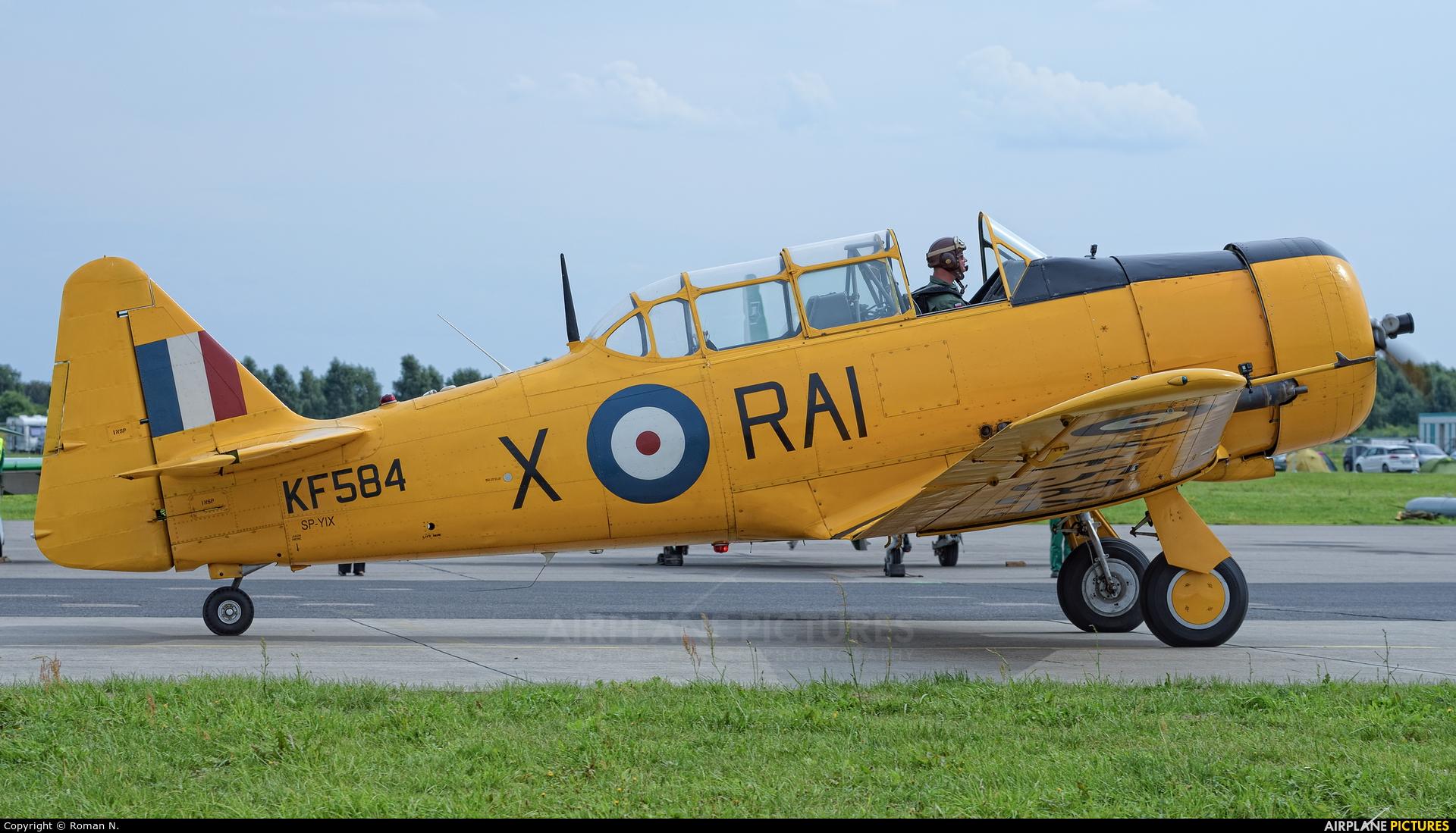 Private SP-YIX aircraft at Gdynia- Babie Doły (Oksywie)