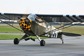 OY-AFG - Private Piper J3 Cub