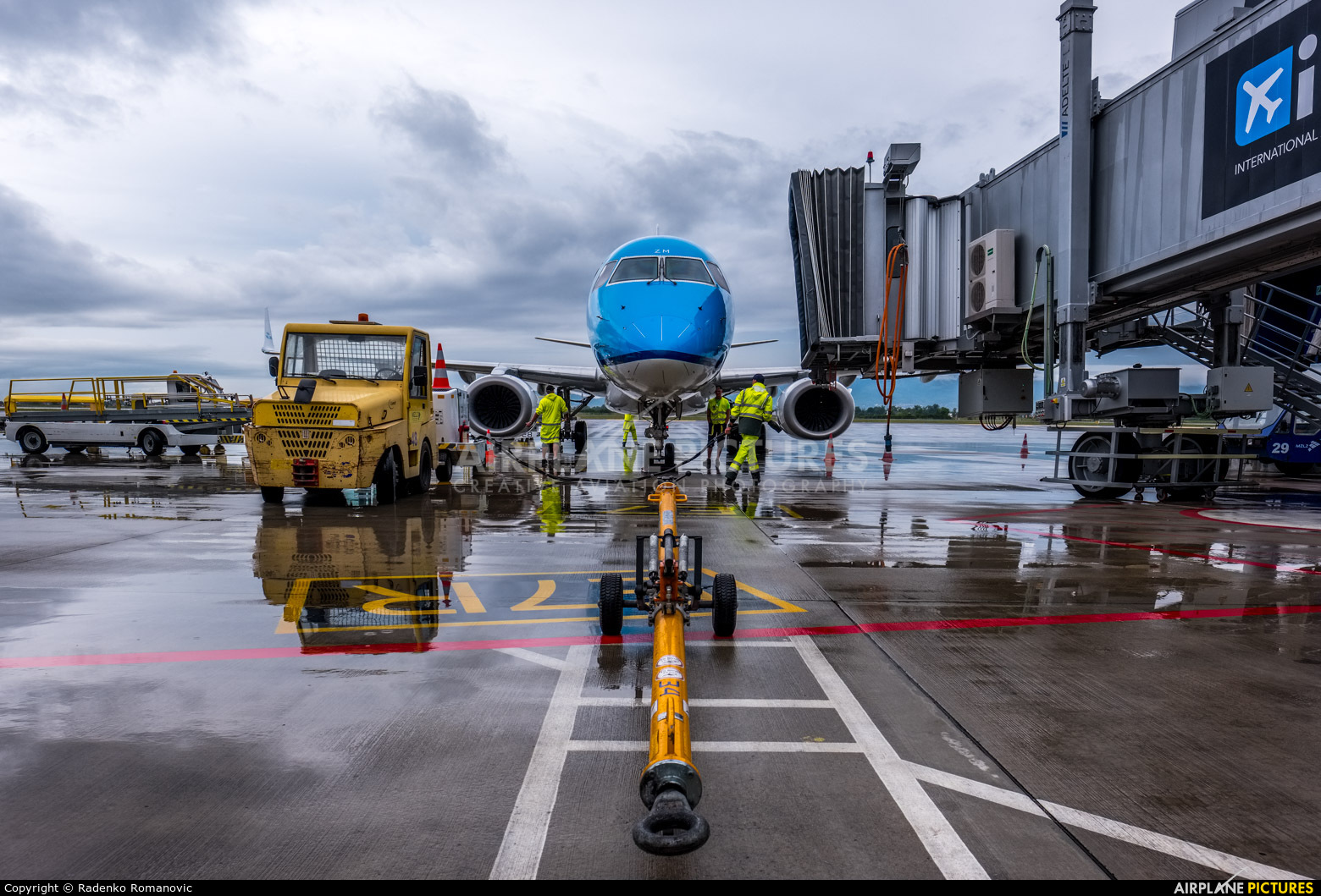 KLM PH-EZM aircraft at Zagreb