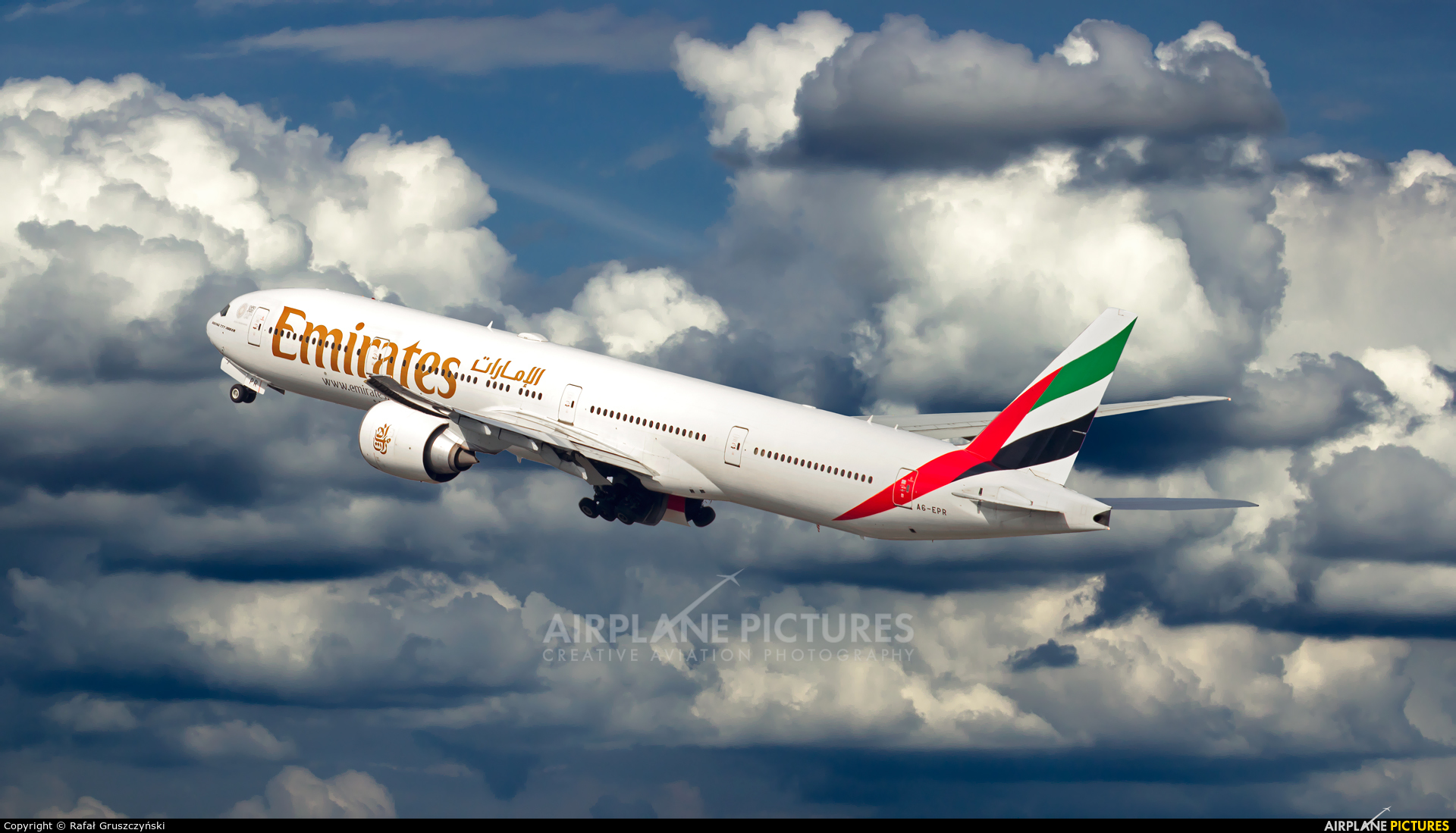 Emirates Airlines A6-EPR aircraft at Warsaw - Frederic Chopin
