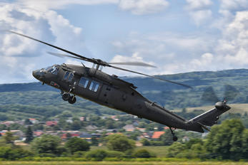 7642 - Slovakia -  Air Force Sikorsky UH-60M Black Hawk