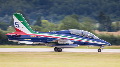 "059 - Italy - Air Force ""Frecce Tricolori"" Aermacchi MB-339-A/PAN"