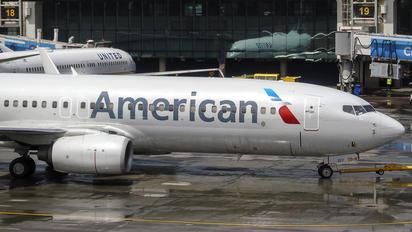 N806NN - American Airlines Boeing 737-800