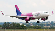 HA-LYZ - Wizz Air Airbus A320 aircraft