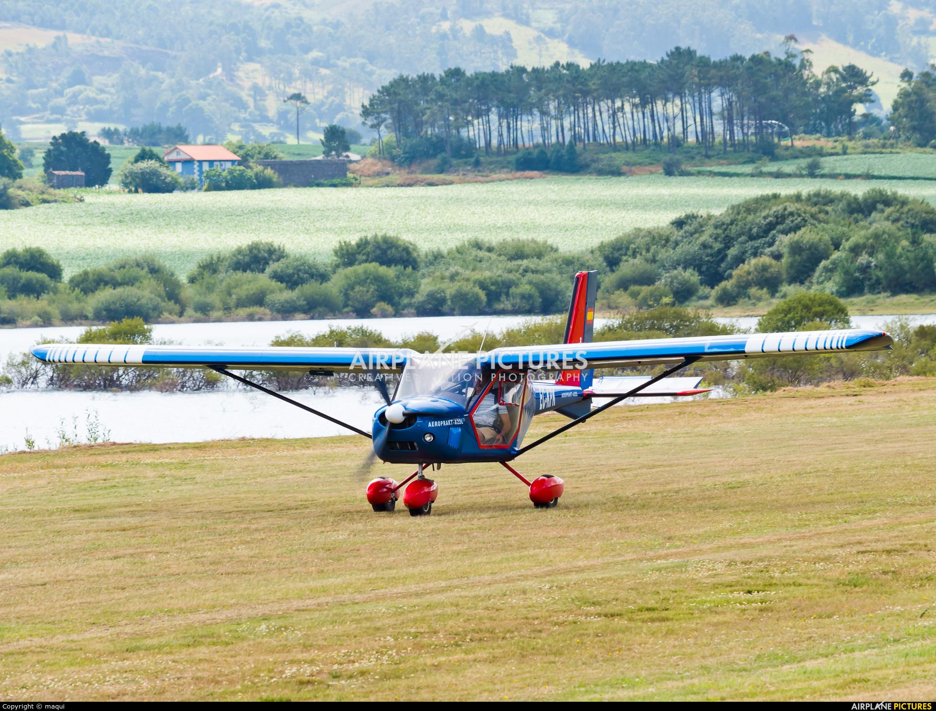 Private EC-KPK aircraft at Aerodromo De Mazaricos