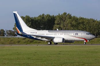 PH-GOV - Netherlands - Government Boeing 737-700 BBJ
