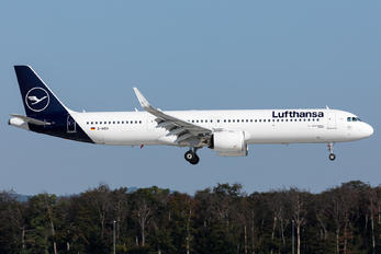 D-AIEA - Lufthansa Airbus A321 NEO