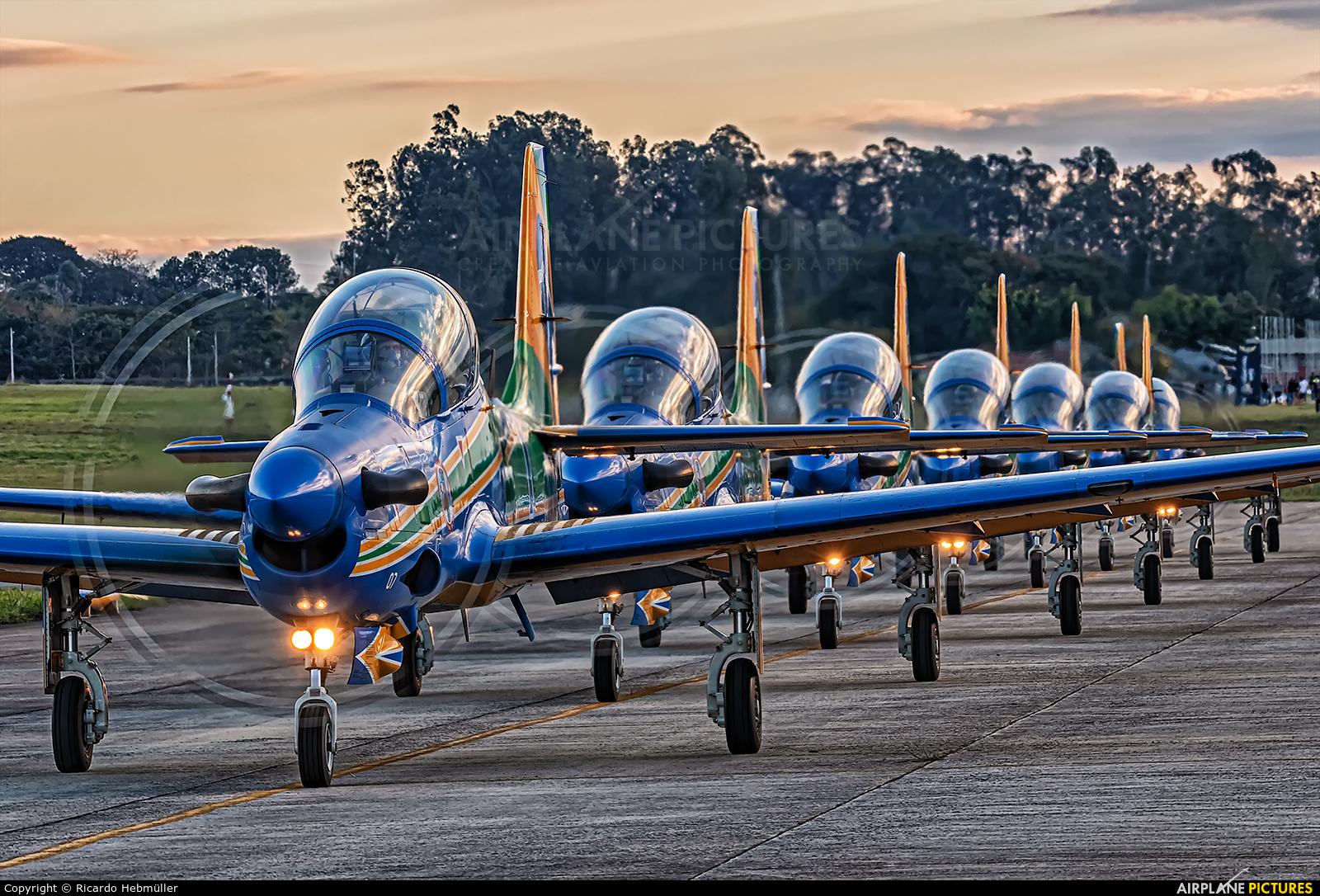 "Brazil - Air Force ""Esquadrilha da Fumaça"" 5707 aircraft at Taubaté"