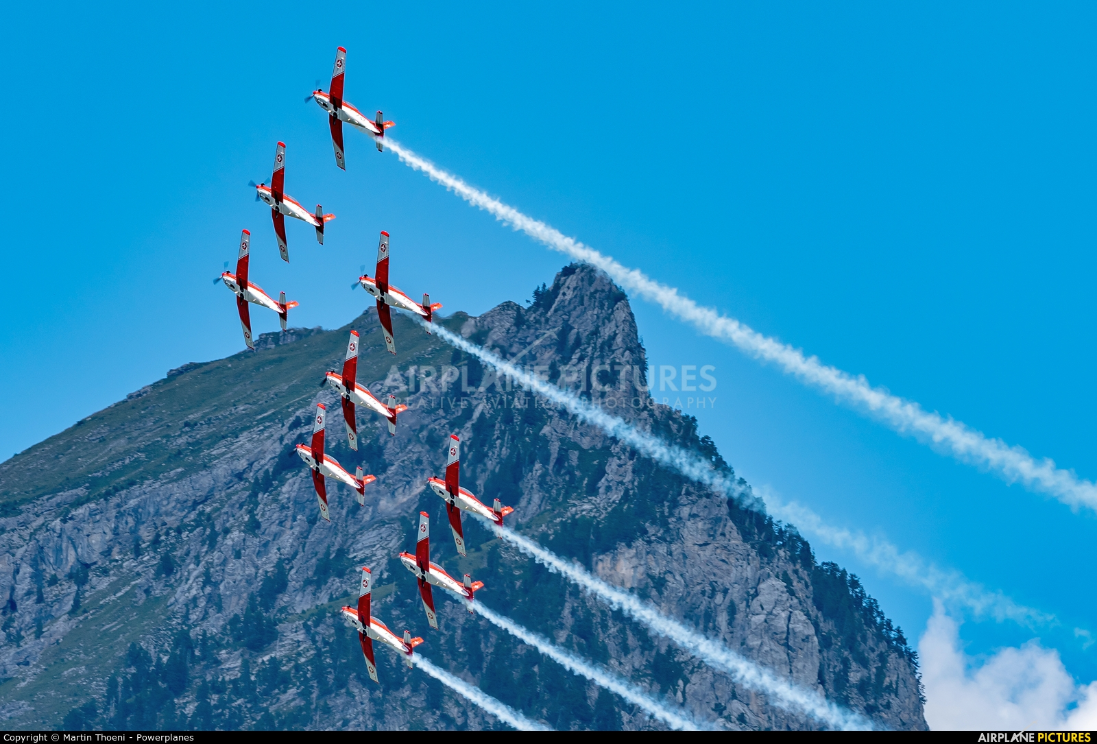Switzerland - Air Force: PC-7 Team A-938 aircraft at St. Stephan