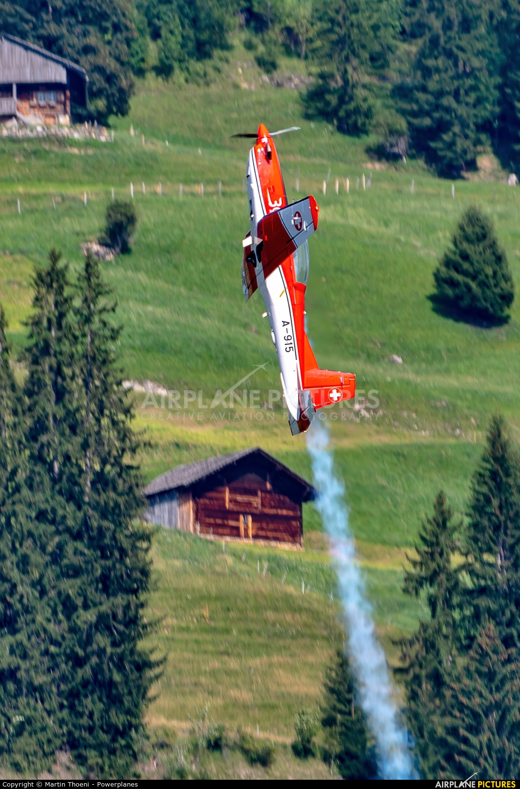 Switzerland - Air Force: PC-7 Team A-915 aircraft at St. Stephan