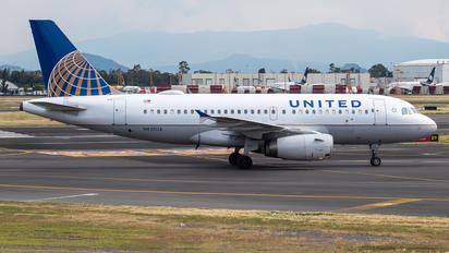 N835UA - United Airlines Airbus A319