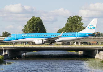 PH-EXY - KLM Cityhopper Embraer ERJ-190 (190-100)