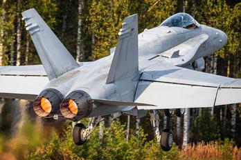 HN-436 - Finland - Air Force McDonnell Douglas F-18C Hornet