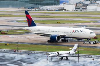 N705DN - Delta Air Lines Boeing 777-200LR