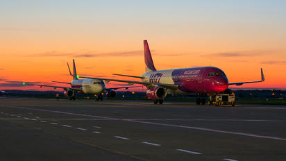 HA-LYM - Wizz Air Airbus A320