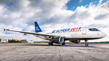 C-GARG - Air Canada Airbus A319