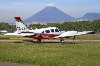 TG-ZZZ - Private Piper PA-34 Seneca