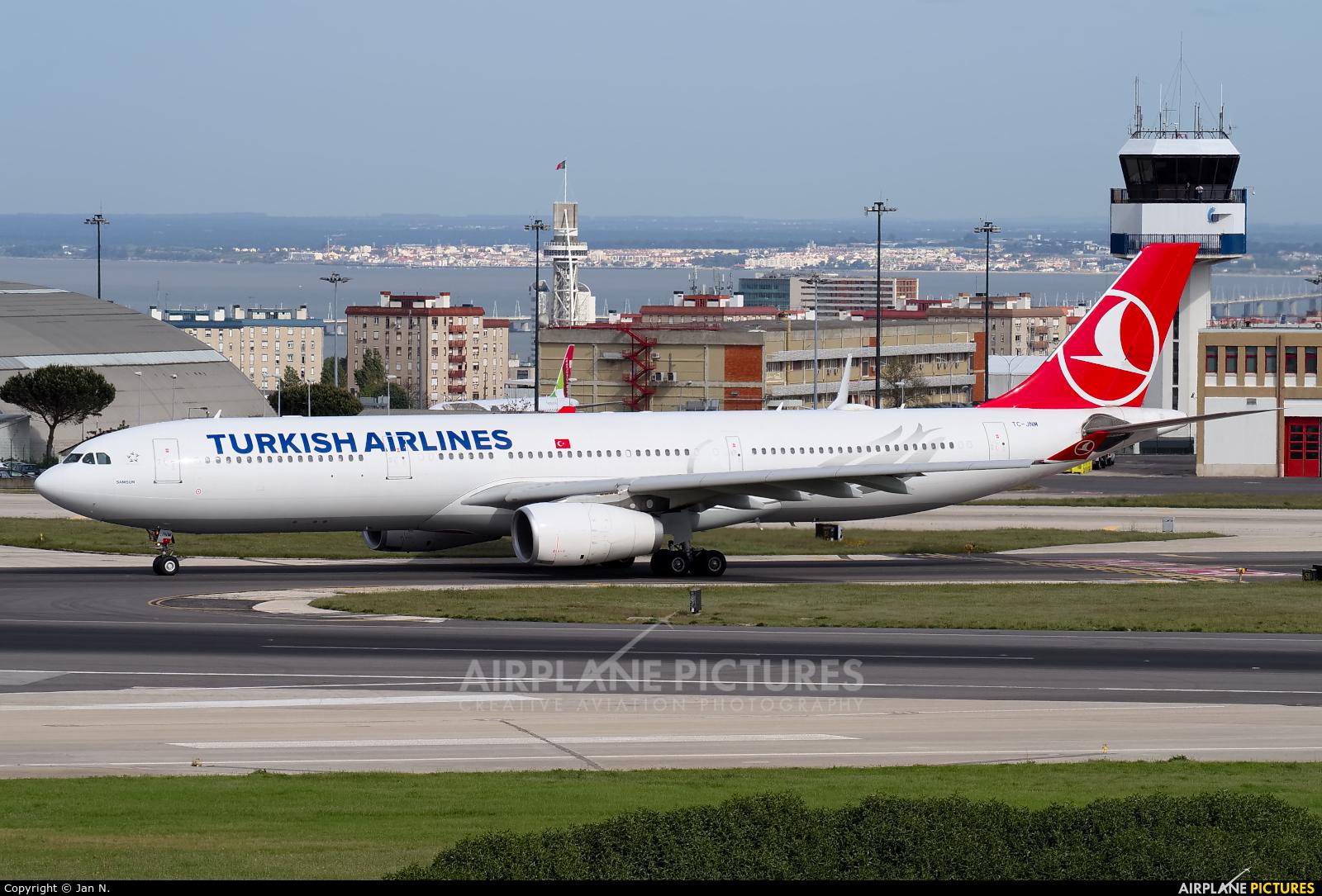 Turkish Airlines TC-JNM aircraft at Lisbon