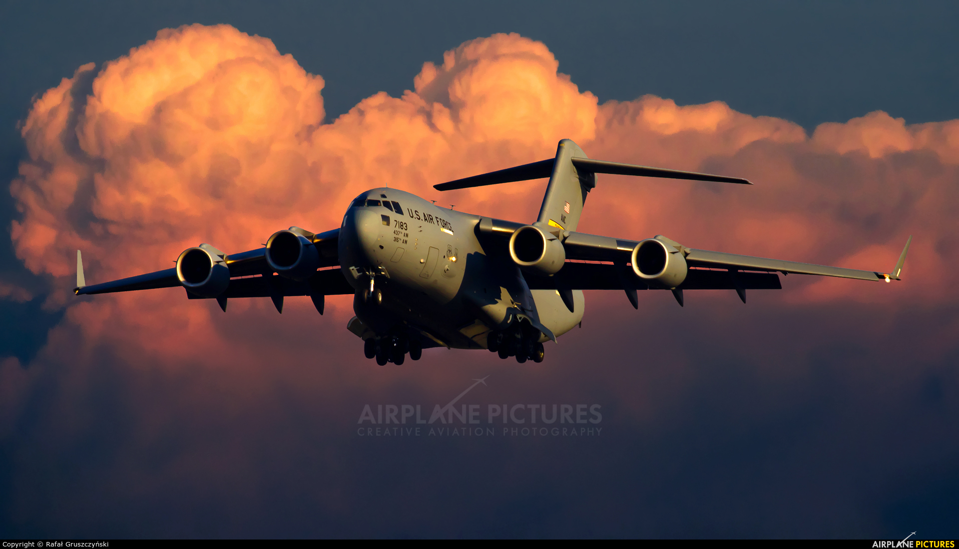 USA - Air Force 07-7183 aircraft at Warsaw - Frederic Chopin