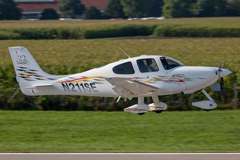 N211SE - Private Cirrus SR22