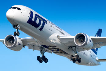 SP-LSE - LOT - Polish Airlines Boeing 787-9 Dreamliner