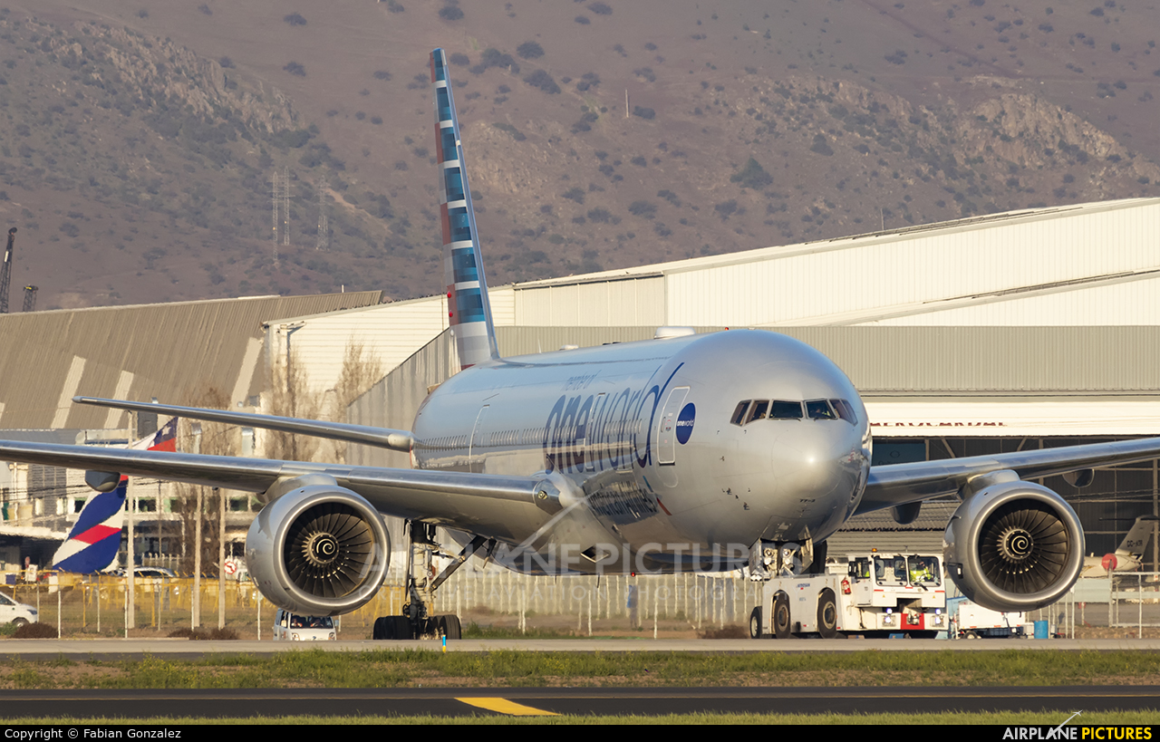 American Airlines N796AN aircraft at Santiago de Chile - Arturo Merino Benítez Intl