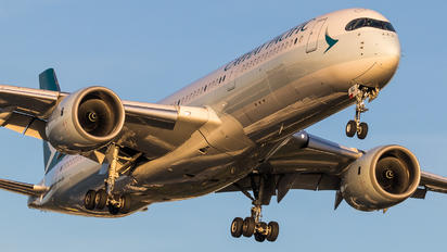 B-LRG - Cathay Pacific Airbus A350-900