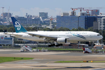 ZK-OKB - Air New Zealand Boeing 777-200ER
