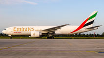 Rare visit of Emirates Cargo B777F to Warsaw title=
