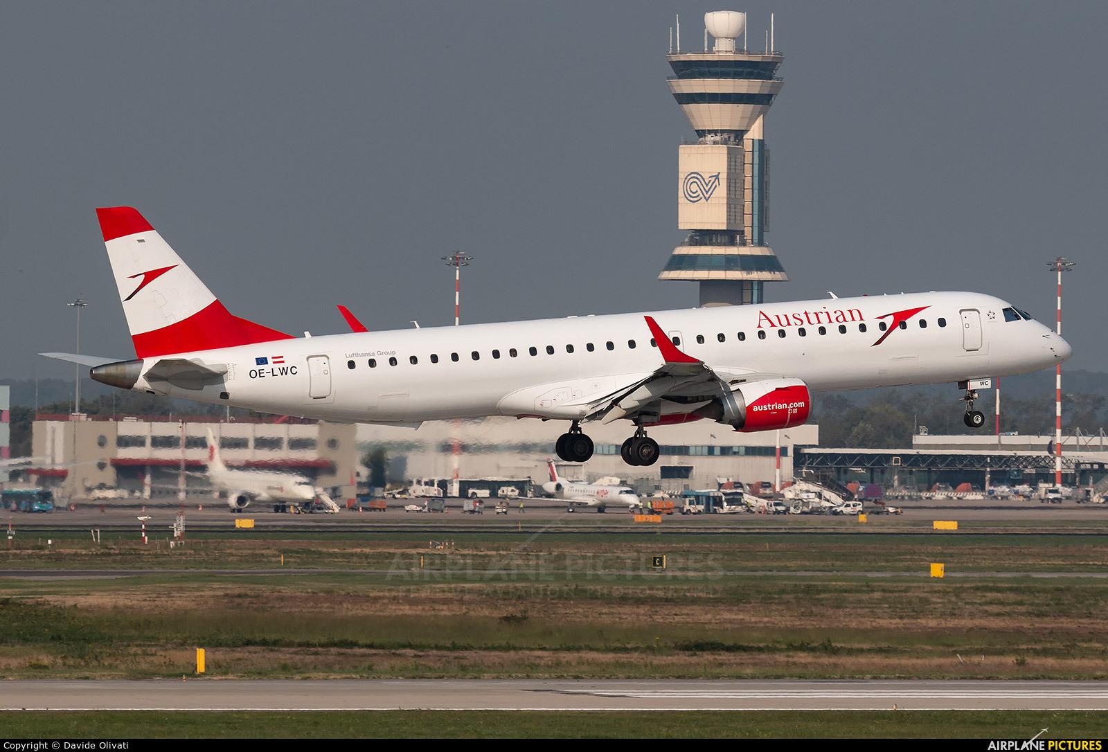 Austrian Airlines/Arrows/Tyrolean OE-LWC aircraft at Milan - Malpensa