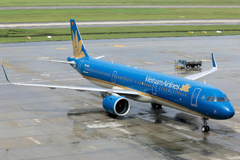 VN-A621 - Vietnam Airlines Airbus A321 NEO