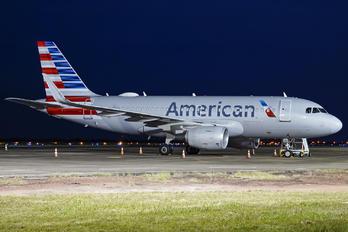 N90024 - American Airlines Airbus A319