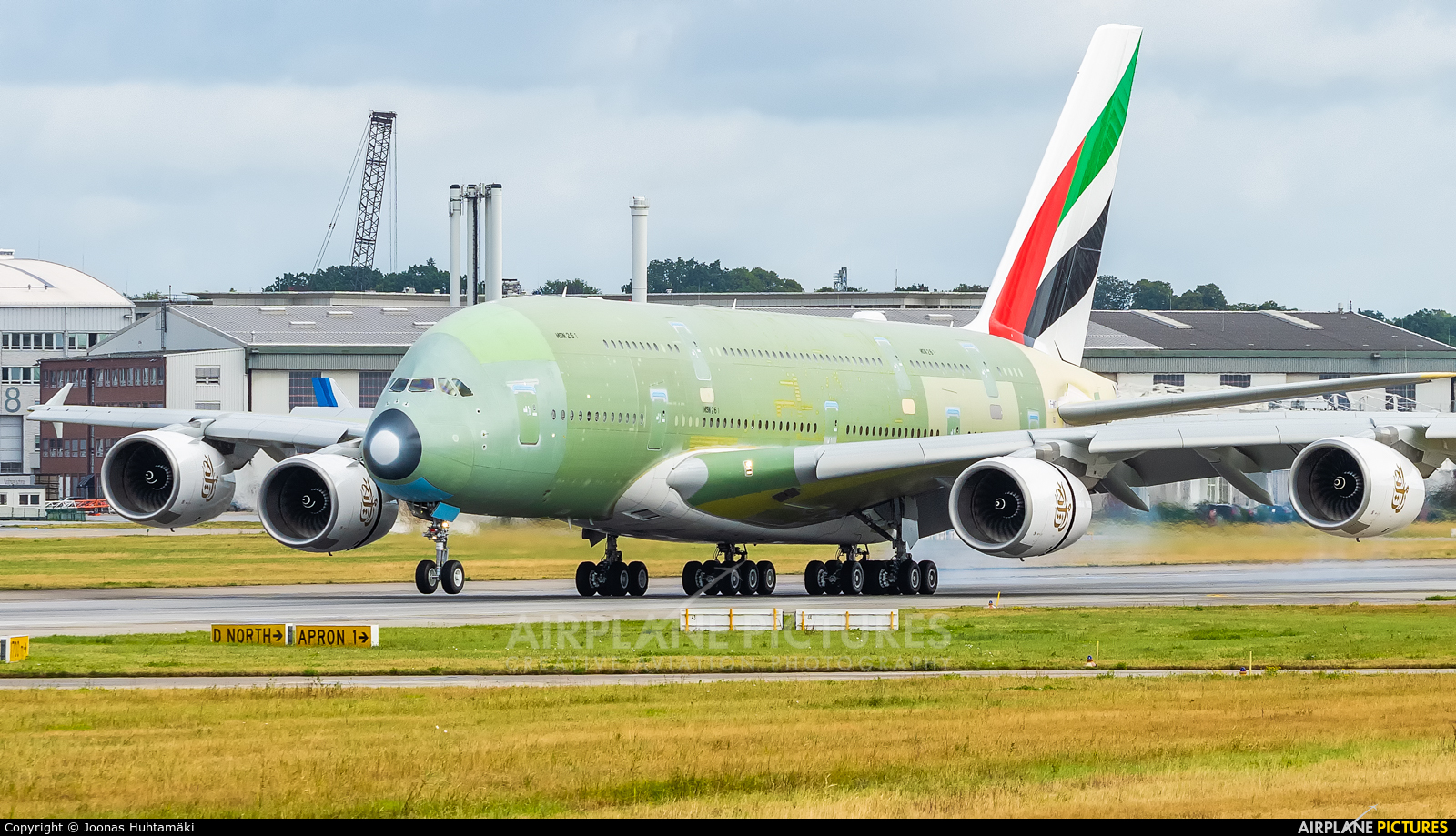 Emirates Airlines F-WWSO aircraft at Hamburg - Finkenwerder