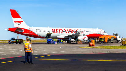 VP-BVO - Red Wings Airbus A321