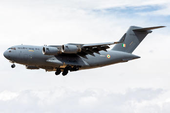 CB-8005 - India - Air Force Boeing C-17A Globemaster III