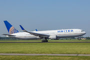 N673UA - United Airlines Boeing 767-300 aircraft