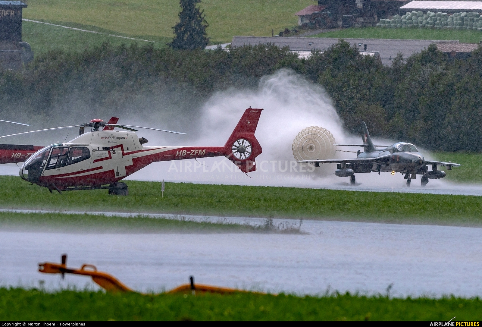 - Airport Overview HB-ZFM aircraft at St. Stephan