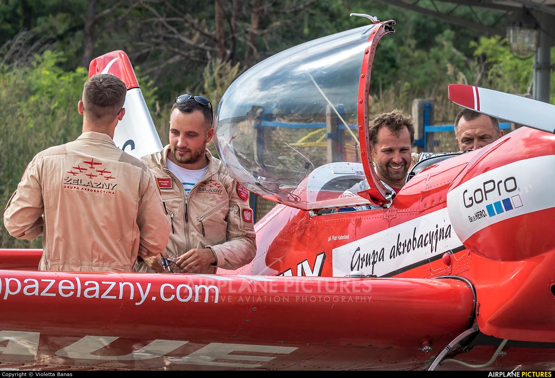 Grupa Akrobacyjna Żelazny - Acrobatic Group SP-AUP aircraft at Toruń