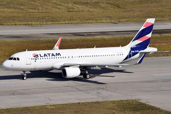 PR-TYQ - LATAM Airbus A320