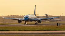 09-0017 - USA - Air Force Boeing C-32A aircraft