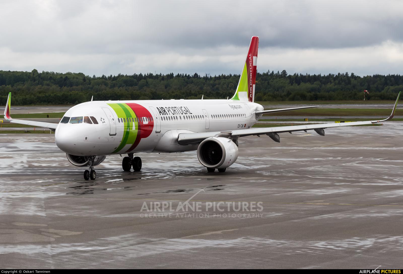 TAP Portugal CS-TJN aircraft at Stockholm - Arlanda