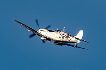 "PH-OUQ - Netherlands - Air Force ""Historic Flight"" Supermarine Spitfire LF.IXb"