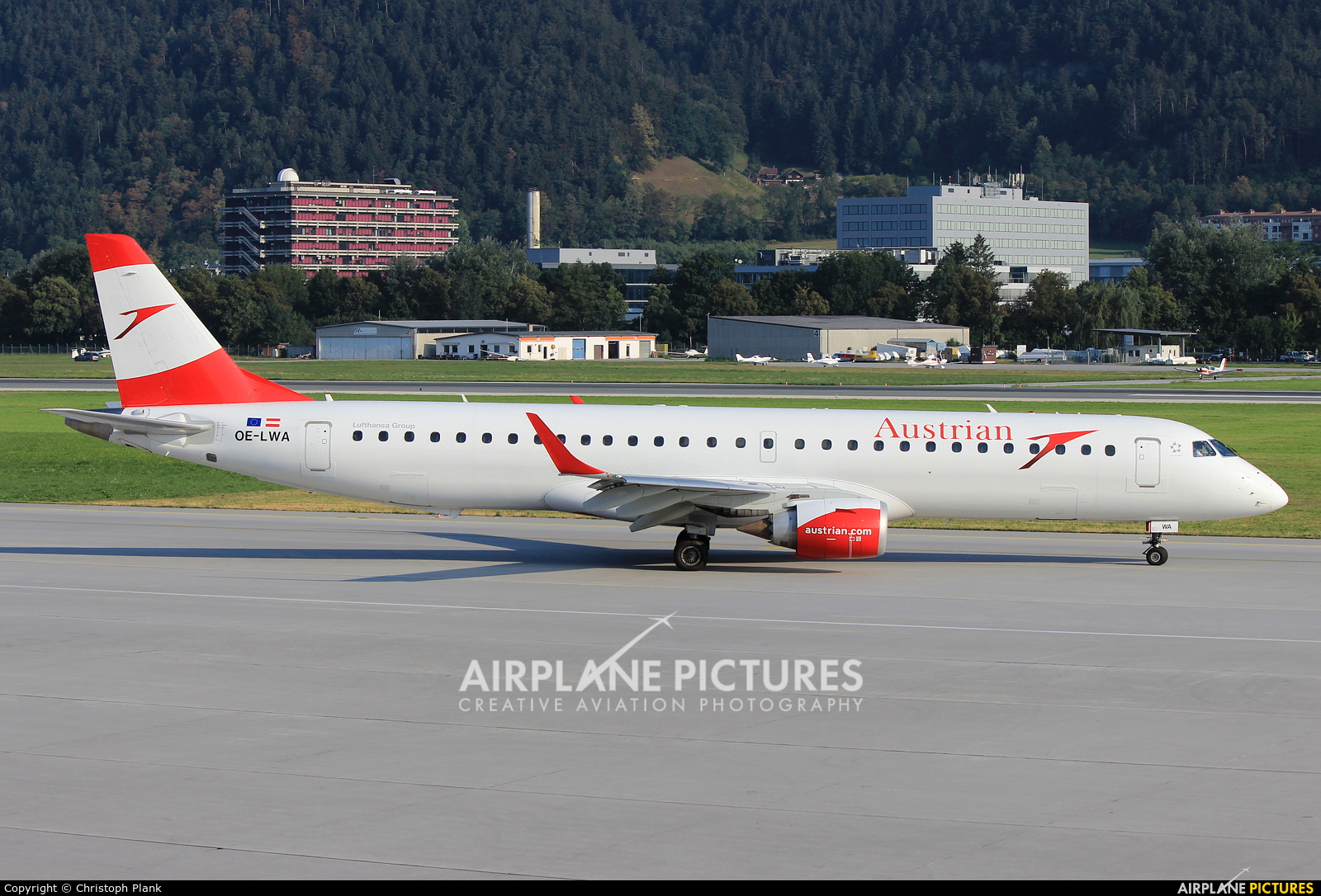 Austrian Airlines/Arrows/Tyrolean OE-LWA aircraft at Innsbruck