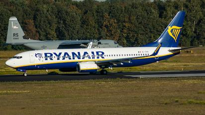 EI-FRS - Ryanair Boeing 737-800