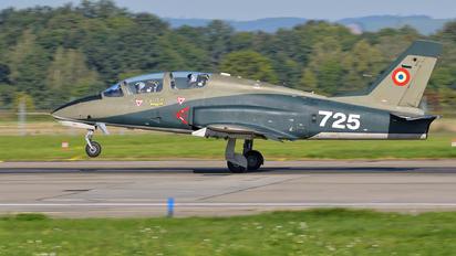 725 - Romania - Air Force IAR Industria Aeronautică Română IAR 99 Şoim