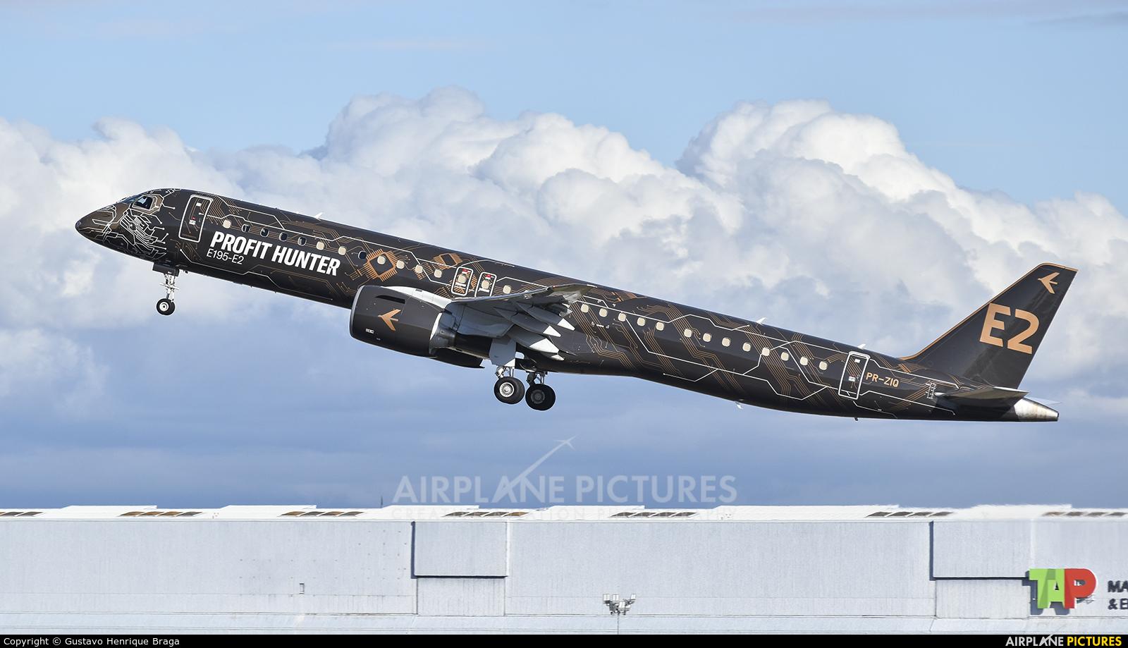 Embraer PR-ZIQ aircraft at Lisbon